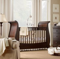 I love a sleigh crib!!