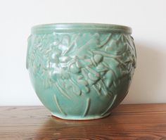 Hey, I found this really awesome Etsy listing at https://www.etsy.com/listing/262715938/mccoy-large-acorn-jardiniere-planter