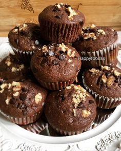 It does not just look damn delicious – it is. Espresso And Cream, Pasta Cake, Cap Cake, Cake Recipes, Dessert Recipes, Cheesecake Cupcakes, Food Design, Muffin, Food And Drink