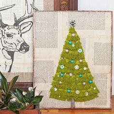 Christmas DIY for the Walls: Fringe Christmas Tree