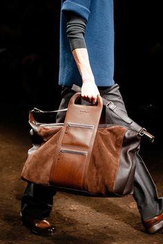 Salvatore Ferragamo, Old School Style, Men's Grooming, Fashion Bags, Mens Fashion, Fall Bags, Oldschool, Handbags For Men, Messenger Bag Men