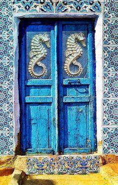 Amazing seahorse blue doorway in Crete Island, Greece Cool Doors, Unique Doors, When One Door Closes, Knobs And Knockers, Closed Doors, Doorway, Stairways, Windows And Doors, Porches