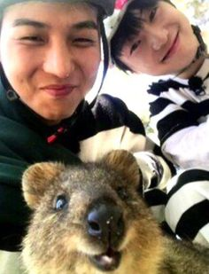 "Mino and Yoon in ""Youth over flowers"" in Australia"