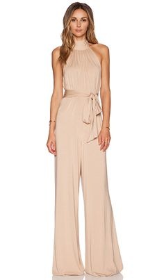 Shop for Rachel Pally Shaun Jumpsuit in Bamboo at REVOLVE. Free day shipping and returns, 30 day price match guarantee. Jumpsuit Formal Wedding, Formal Jumpsuit, Cream Jumpsuit, Fitted Jumpsuit, Lace Jumpsuit, Mein Style, Elegantes Outfit, Blush Dresses, Bridesmaid Dresses
