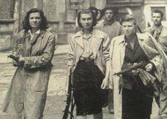 Italian antifascist -antinazist resistance women portrayed during city of Milan's liberation days 1944