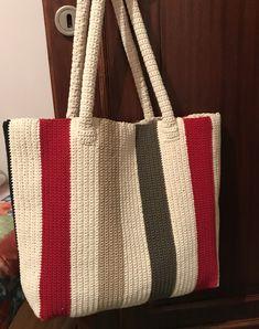 Tapestry Crochet, Crochet Motif, Crochet Designs, Crochet Yarn, Free Crochet Bag, Crochet Market Bag, Crotchet Bags, Knitted Bags, Crochet Handbags