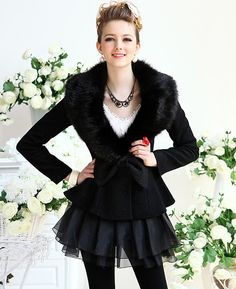 Elegant Black Fur Collar Woolen Coat