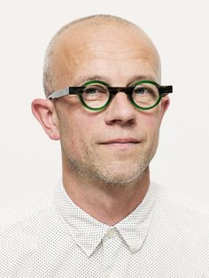 theo loves creative spirits! Meet theo lover Bart Laenen | theOwall | theo Eye Glasses, Meet, Lovers, Creative, Glasses, Eyeglasses, Eyewear