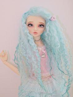 Minifee BJD (Chloe sculpt), wig and photo by Shory
