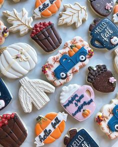 New Cookies Funny 15 Ideas - food: Christmas cookies Thanksgiving Cookies, Fall Cookies, Cute Cookies, Christmas Cookies, Fall Decorated Cookies, Thanksgiving Decorations, Galletas Cookies, Sugar Cookies, Cookies Et Biscuits