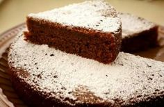 Wholegrain Quinoa gets a sweet makeover with Chocolate Cake. This flour-less cake is Gluten Free and healthy. Moist, soft and addictive dessert. Quinoa Chocolate Cake, Eggless Chocolate Cake, Eggless Desserts, Amazing Chocolate Cake Recipe, Eggless Baking, Vegan Chocolate, Chocolate Desserts, Delicious Desserts, Yummy Food