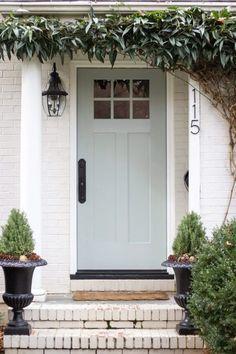 Door Paint Colors, Front Door Colors, Exterior Paint Colors, Front Door Decor, Front Door Makeover, House Paint Exterior, Exterior Doors, Boxwood Wreath, Vine Wreath