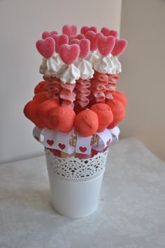 Discover thousands of images about Cupid's Candy Cart MK Gateau Baby Shower, Candy Kabobs, Candy Arrangements, Bar A Bonbon, Sweet Trees, Candy Cakes, Marshmallow Pops, Chocolate Bouquet, Candy Bouquet