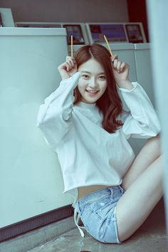 DIA drops jacket images for upcoming 'YOLO' including new members Jooeun and Somi | allkpop