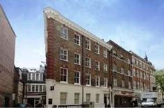 Magnificent Newly Refurbished Apartment In Fitzrovia, Holiday Cottage in Mayfair,Westminster,England