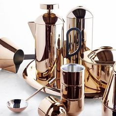 Almost too beautiful to use. Almost! ☕️ Set the scene this holiday season with a gorgeous brew coffee set from Tom Dixon.