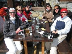 Blast from the Past! A little apres-ski relaxation on one of our trips in 2009 #SpiceUK #SkiHols