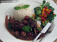 Red wine & grapes sauce chicken