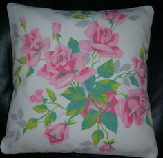 Pure romance for my bed!  So feminine and classic.  Another beauty from collectorspd on eBay.