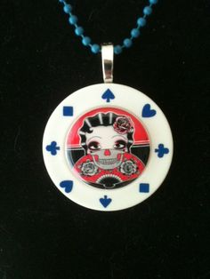 www.pinterestpoker.com                              www.pinterestpoker.com Best Facebook, Free Facebook, Poker Games, Poker Chips, Pin Up, Craft Ideas, Diy Crafts, Etsy, Make Your Own
