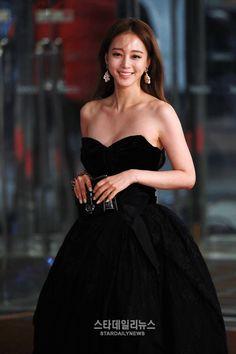 Jung So Min, Korean Beauty, Asian Beauty, Asian Fashion, Girl Fashion, Han Ye Seul, Very Good Girls, Beauty Photos, Korean Model