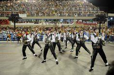 Comissão de frente da Salgueiro é obra do coreógrafo Hélio Bejani