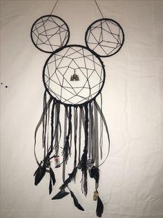 Disney Diy, Disney Crafts, Disney Dream, Disney Mickey, Dream Catcher Patterns, Dream Catcher Craft, Dream Catcher Tattoo, Diy Crafts For Kids, Fun Crafts