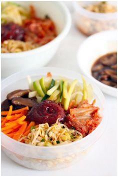 Bibimbap (비빔밥) - Mmm, kimchi..#entree