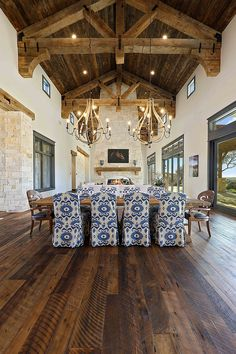 Style And Design Your Individual Enterprise Playing Cards In The Home Reclaimed Wood Ceiling Doug Fir Penny Gap Soffits Over Doug Fir Rafters Texas Farmhouse, Farmhouse Style, Farmhouse Interior, Farmhouse Ideas, Rustic Farmhouse, Home Design, Interior Design, Design Ideas, Farmhouse Flooring