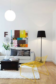 White walls with colored accessories