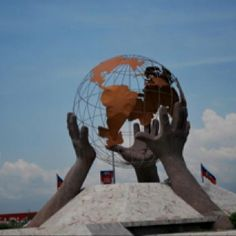 I've seen this!! The big globe near the Port au Prince airport