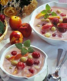 Receptek Lajos Mari konyhájából - Nyári vegyes gyümölcsleves Fruit Salad, Soup, Pudding, Desserts, Tailgate Desserts, Fruit Salads, Deserts, Custard Pudding, Puddings