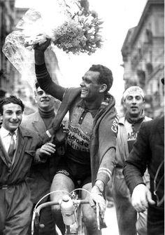 Rik Van Steenbergen wins the '54 - Milan-San Remo ..