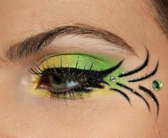 Tinker Bell Fairy Makeup for Halloween! Green eyeshadow Yellow eyeshadow Halloween Makeup Fake eyelashes Dramatic eye makeup