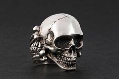Skull men's jewelery biker ring