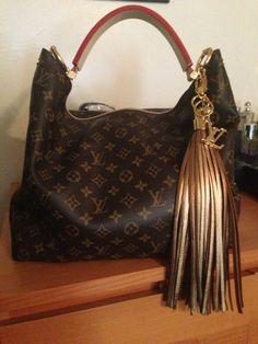 Louis Vuitton Handbags Shop For LV Outlet Luxury - Artsy, Alma, Neverfull, Wallets, Belts, Sunglasses #LouisVuittonHandbags