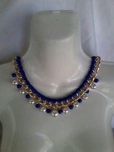 Collar tejido con cadena y perlas