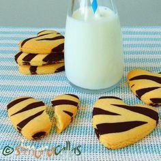 Fursecuri Zebra reteta de post / Biscuiti animal print Vegan Recipes, Health Fitness, Sugar, Cookies, Cake, Holiday, Desserts, Iphone, Food
