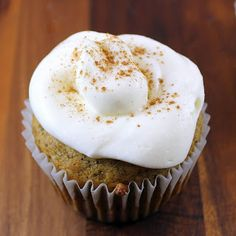 Pumpkin Spice Cupcakes-great Fall idea! Thanks Tam, I'll for sure make these and bring some over :)