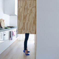 Klein Huis Grote Wensen: hoge hakken in de keuken high heels in the kitchen