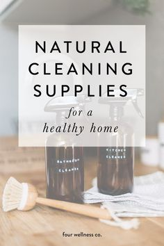 Natural cleaning supplies for a healthy home // What to look for in nontoxic household cleaners + ou Safe Cleaning Products, Cleaning Recipes, Cleaning Supplies, Cleaning Checklist, Cleaning Hacks, Herbal Remedies, Health Remedies, Natural Cleaners, Green Cleaning