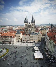 Want to set up a proposal meant for a princess? Head to the Mandarin Oriental in Prague.