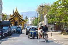 If you are a backpacker or an avid traveler, you have either been here, or you plan on going here. Chiang Mai -the city in Northern Thailand with a town atmosphere, delicious thai food and temples temples temples! Read how much it costs, what to do and where to go - Chiang Mai Guide #thailand #chiangmai #asia #hotspots