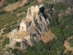 Leyendas, historias, caminos ...: El Castillo templario de Dos Hermanas (Navahermosa...