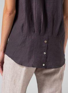 Clothing details: pockets, cuffs, sleeves, shoulders of dresses and jackets. Детали одежды: карманы, манжеты, рукава, плечи платьев, жакетов. Detaily oblečení: kapsy, manžety, rukávy, ramínka šatů, sak. Застежки. Молнии. Zapínání na zip, na knofliky. Горловины. Výstřihy. Neckline.