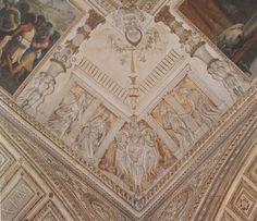 Volta VII, stucchi - Porticato con coppie femminili. Al centro, candelabra sorretta da tre fauni. In alto, testa di fauno da cui pende l'anello dei Medici. Lateralmente, si intravedono le storie bibliche.