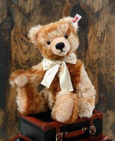 Welcome to The Toy Shoppe   Fine Collectible Dolls & Teddy Bears Since 1975