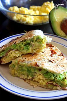 Hearts in My Oven: Breakfast Quesadillas. http://www.heartsinmyoven.com/2013/09/breakfast-quesadillas.html