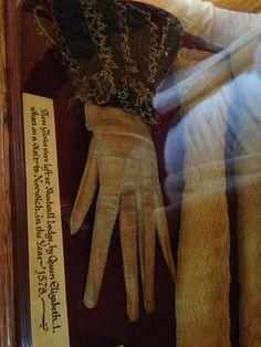 Queen Elizabeth's I gloves