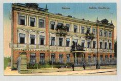 W Miejskiej Szkole Handlowej przy ulicy Długiej Przyborowski bezpośrednio zetknął się ze zbuntowaną młodzieżą, która walczyła o wprowadzenie języka polskiego do programu nauczania